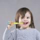 Come posso preparare mio figlio alla prima visita dal dentista?